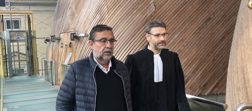 Jean-Jacques Pitcho (à gauche), le co-président du SA XV avec l'un de ses avocats.