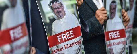 Une manifestation après la disparition du journaliste saoudien, Jamal Khashoggi, devant le consulat d'Arabie Saoudite à Istanbul, le 5 octobre 2018.