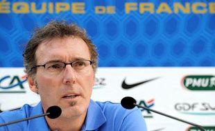 Laurent Blanc lors de sa conférence à Clairefontaine (Yvelines) sur la préparation du match amical Allemagne-France, le 27 février 2012.