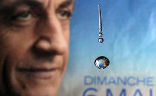 Nicolas Sarkozy est arrivé samedi en fin de journée à son quartier général à Paris pour remercier son équipe de campagne.