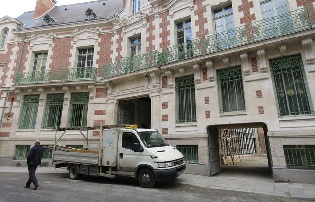 Uniqlo s'installera en 2018 dans les murs de l'ancienne banque BNP, rue du Champ-Jacquet.