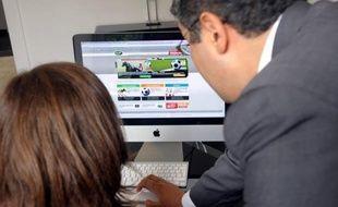 """""""Fraude et triche ne riment pas obligatoirement avec paris sportifs"""", assure mercredi dans un entretien exclusif à l'AFP l'Anglais Lee Simmonds, responsable des paris au PMU, à une semaine du début de l'Euro-2012."""