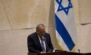 Le ministre de la Défense israélien Avigdor Lieberman, devant la Knesset (Parlement) à Jérusalem .