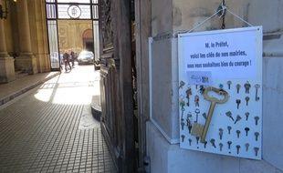 Marseille, le 7 octobre 2015, les maires manifestent contre le logement social