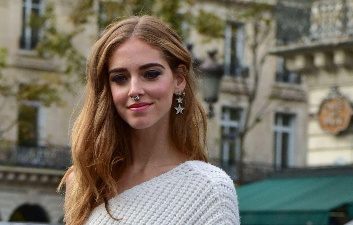 la blogueuse Chiara Ferragni a adopté l'anneau au septum. – Celine Gaille/Runway Manh/SIPA
