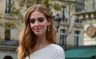 la blogueuse Chiara Ferragni a adopté l'anneau au septum.