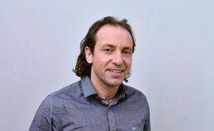 Philippe Candeloro a annoncé qu'il ne se présenterait pas à l'élection du nouveau président de la Fédération française des sports de glace.