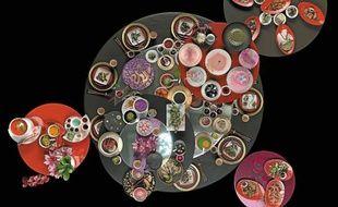 Lazy Susan, installation vidéo du collectif Pleix pour l'exposition «Les séductions du palais», à Paris.