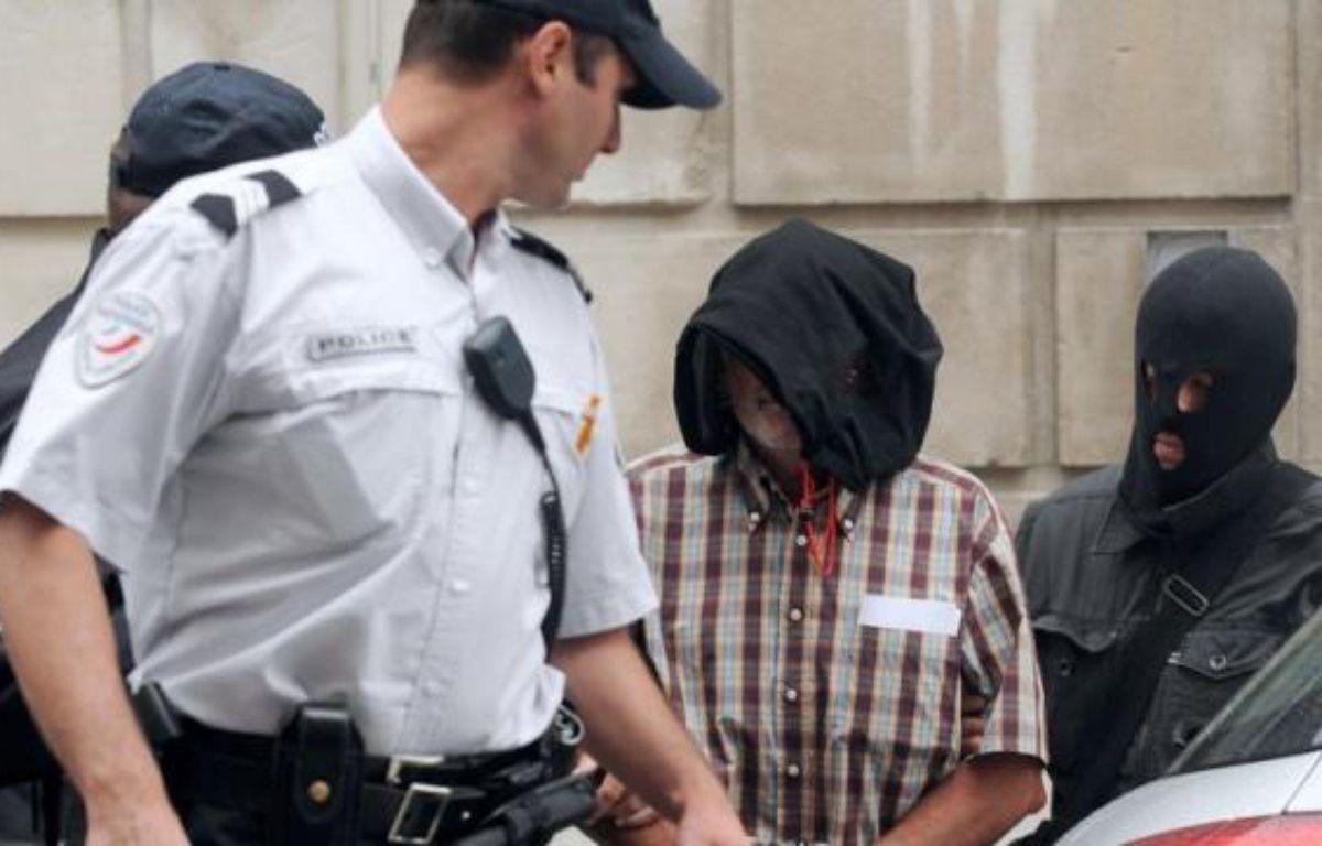 Juan Maria Mugica Dorronsoro, soupçonné de tentative d'attentat en 2001 contre l'ancien chef du gouvernement espagnol Jose Maria Aznar, arrêté mercredi au Pays basque français et visé par un mandat d'arrêt européen (MAE) émis par Madrid, a été placé jeudi en détention provisoire par la cour d'appel de Pau. – Gaizka Iroz afp.com