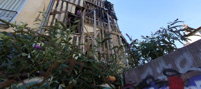 La place Saint-Michel à Rennes, où un projet immobilier tarde à sortir de terre, coincé dans un imbroglio juridique.