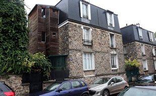 Le domicile de Florence Lamblin, adjointe au maire du 13e arrondissement de Paris, mise en examen dans une affaire de blanchiment d'argent de la drogue.
