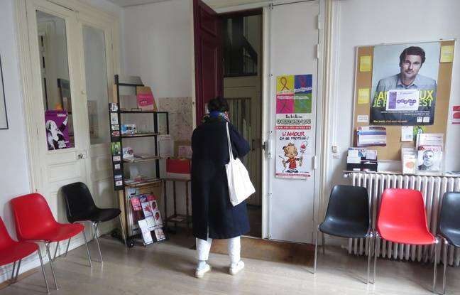 Le Centre de Planning familial, 10 Rue Vivienne, à Paris, le 3/3/15.