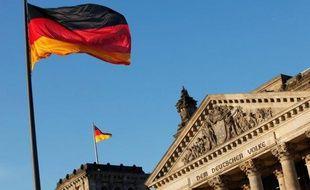 L'Allemagne s'inquiète de voir son image d'efficacité écornée par les retards à répétition de l'aéroport de Berlin et les couacs autour d'autres grands projets également reportés aux calendes grecques.