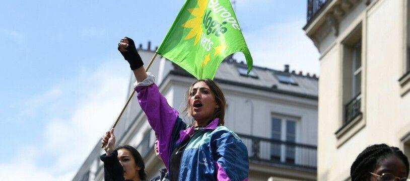Une manifestante pour le climat, le 24 mai 2019 à Paris.