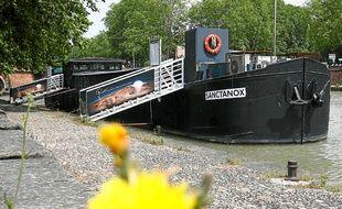 La péniche Sanctanox accueillera une partie de la Maison Nougaro.