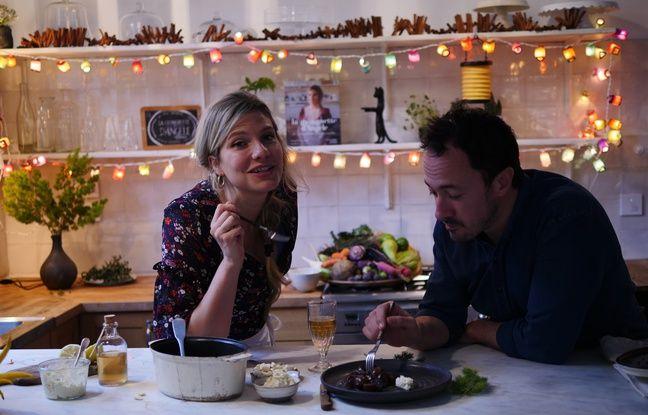 Angèle Ferreux-Maeght et Romain Meder se partagent une assiette de civet de pommes de mer