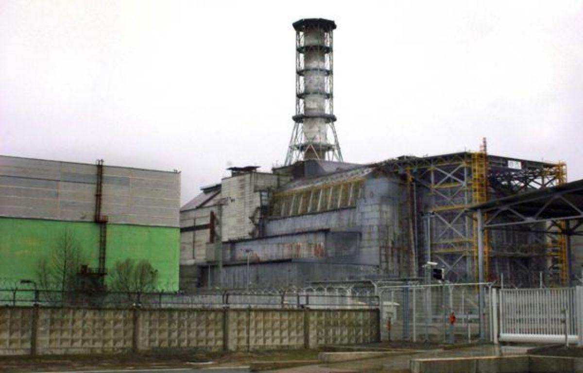 Le réacteur numéro 4 de la centrale de Tchernobyl, en Ukraine, 25 ans après la catastrophe nucléaire, le 10 avril 2011. – RICARDO MARQUINA/SIPA
