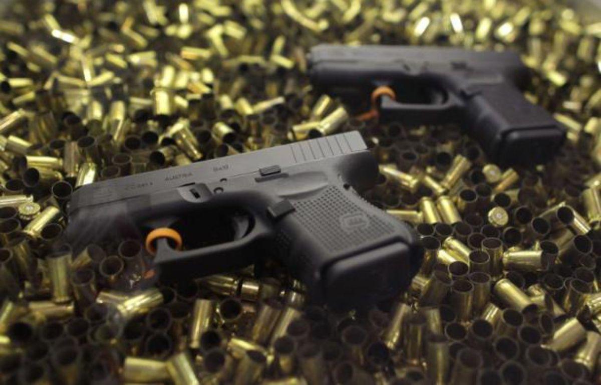 Deux pistolets Glock 26 lors présentés à un salon consacré aux armes à feu à Las Vegas, en 2011. – J.JACOBSON/AP/SIPA