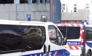 Des véhicules de police (illustration)