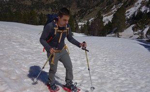 David Labarre, non-voyant, s'entraîne dans les Pyrénées pour escalader quatre sommets en deux ans.