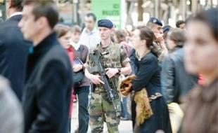 Au-dessus du seuil actuel du plan Vigipirate, il ne reste que le niveau «écarlate», synonyme de «l'imminence» d'un attentat sur le sol français.