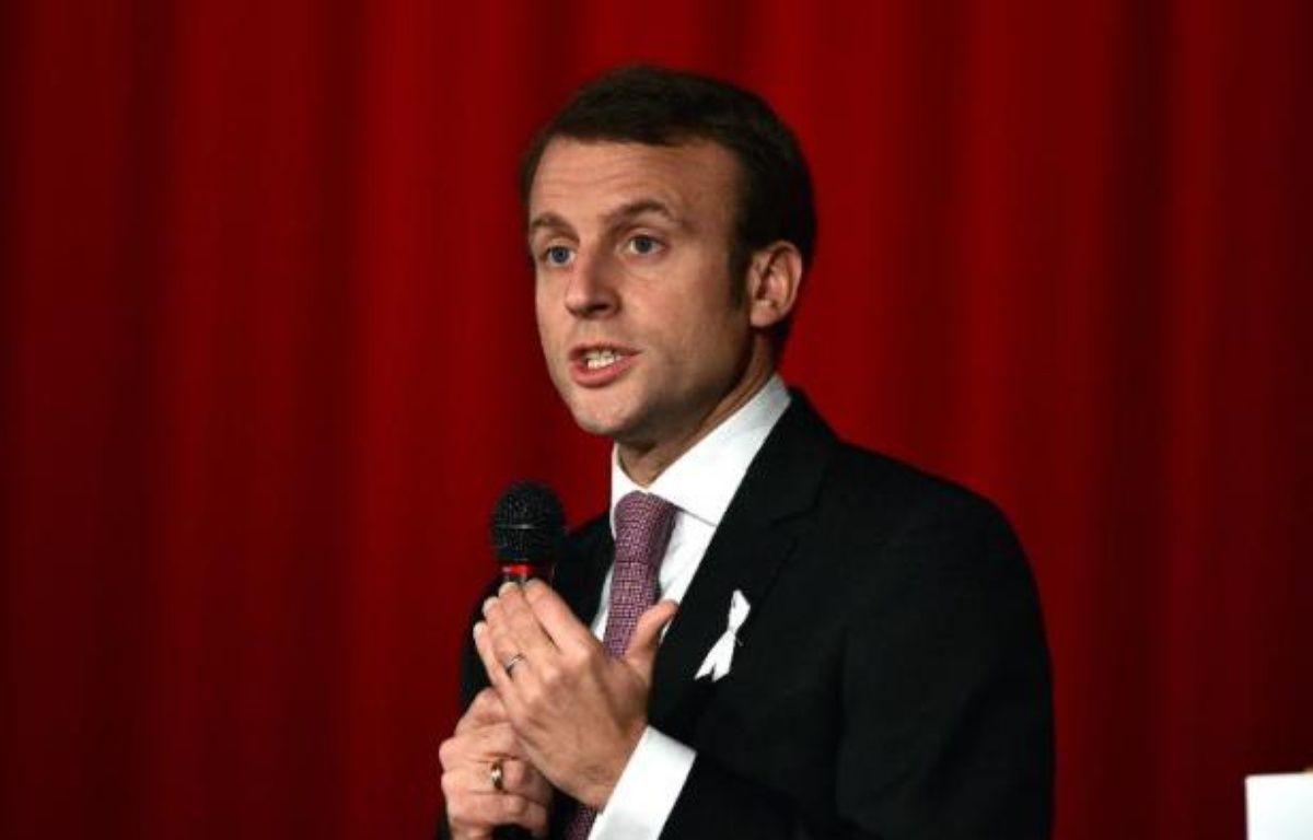 Le ministre français de l'Economie Emmanuel Macron à Tokyo le 25 novembre 2014 – Yoshikazu Tsuno AFP