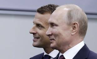 Emmanuel Macron et Vladimir Poutine le 25 mai 2018 à Saint-Pétersbourg.