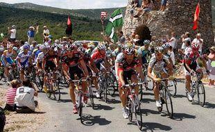 Le peloton du Tour de France lors de 5e étape, le 8 juillet 2009