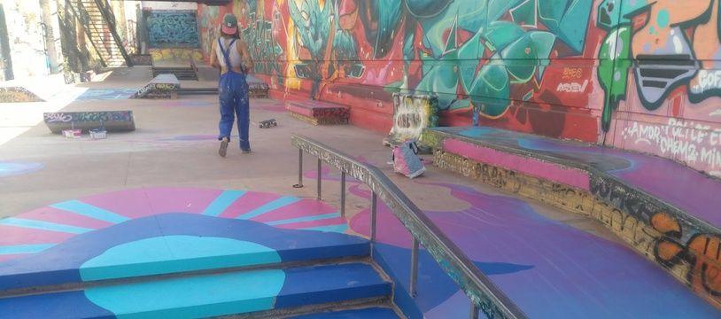 Pour ses 10 ans, le skatepark de la Friche s'offre une nouvelle fresque et de nouveaux modules.