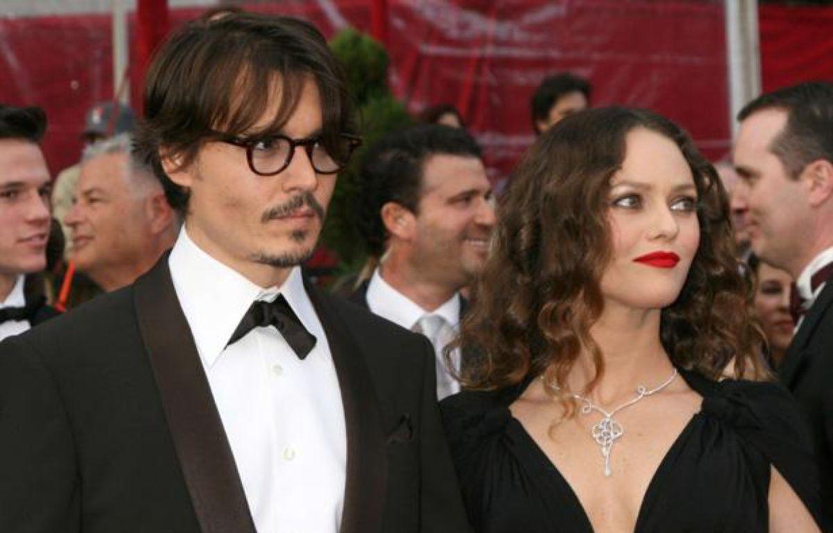 Johnny Depp et Vanessa Paradis lors de la cérémonie des Oscars du 24 février 2008. – Kathy Hutchins/NEWSCOM/SIPA