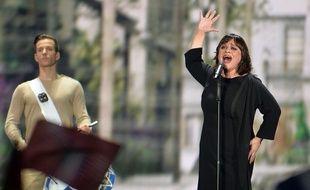 Lisa Angell chante «N'oubliez Pas» lors de la finale de l'Eurovision, le 23 mai 2015 à Vienne (Autriche).