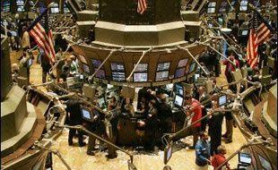 L'indice Dow Jones a terminé en légère hausse jeudi à la Bourse de New York, prenant 0,23%, tandis que le Nasdaq a perdu 0,49%.