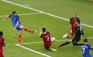Gignac et son tir sur le poteau en finale de l'Euro.