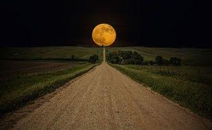 Exemple de Super Lune observée le 18 octobre 2013 dans le Dakota du Sud, aux Etats-Unis