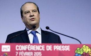 Le Premier secrétaire du PS Jean-Christophe Cambadélis s'exprime lors d'une conférence de presse le 7 février 2015 à Paris après un Conseil national