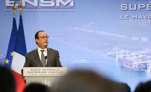 Le Havre, le 6 octobre. François Hollande s'exprime sur la situation d'Air France.