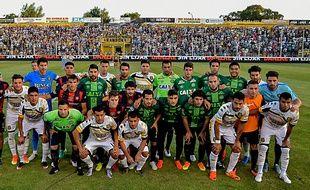 Le club de San Lorenzo rend hommage aux victimes de Chapecoense