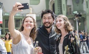 Pierre Sang Boyer et quelques fans lors de Taste of Paris en 2018 au Grand Palais