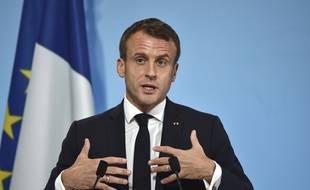 Le président Emmanuel Macron a été interpellé vendredi 8 novembre 2019 par un collectif d'associations sur la hausse de la pauvreté en France.
