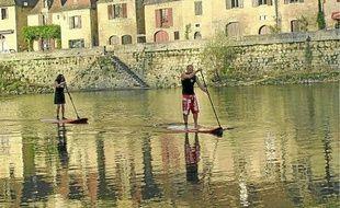 Océan, rivières ou lacs, le stand up paddle est partout chez lui.