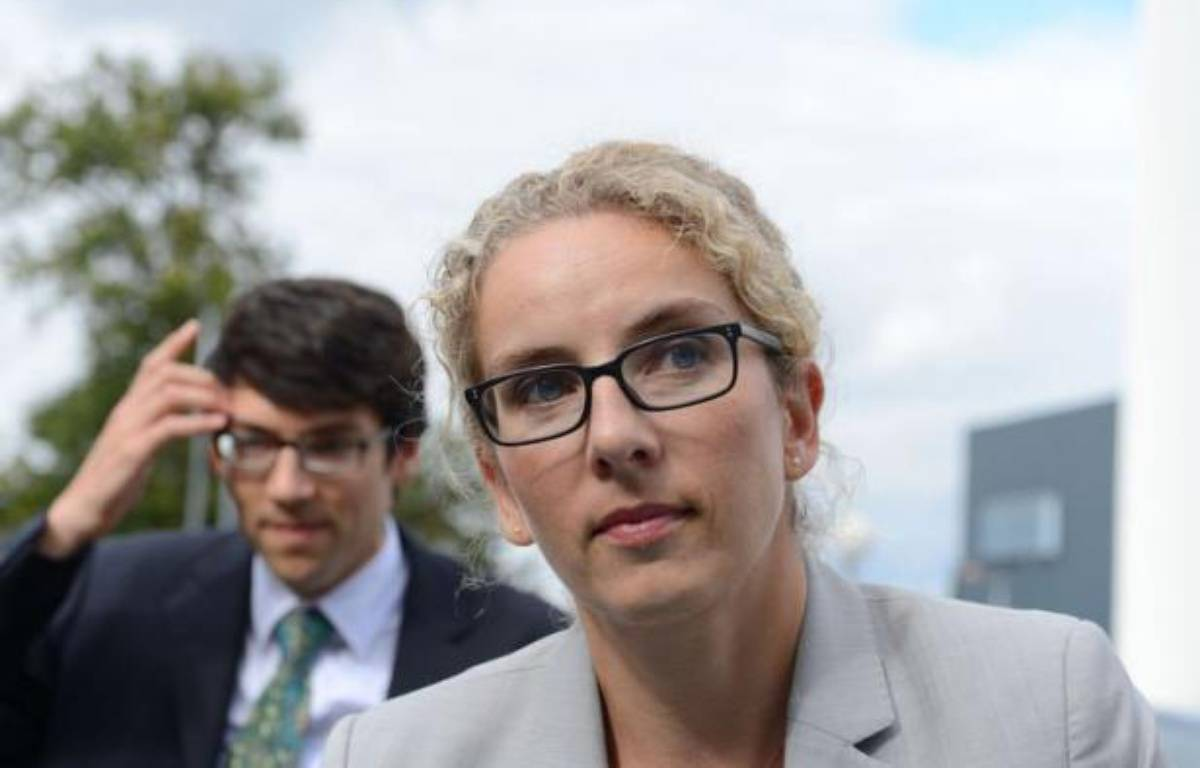 """La ministre de l'Ecologie, Delphine Batho, a défendu dans un entretien à l'AFP """"le patriotisme écologique"""" pour redresser les entreprises françaises de l'économie verte, juste avant l'ouverture vendredi de la conférence environnementale voulue par François Hollande. – Alain Jocard afp.com"""