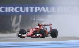 Le pilote Sébastian Vettel lors d'un test en 2016 sur le circuit Paul-Ricard du Castellet.