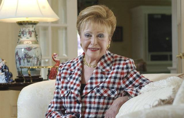 Hommage à Mary Higgins Clark 640x410_mary-higgins-clark-chez-elle-a-saddle-river-en-2004