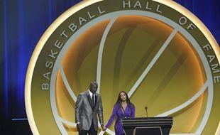 Michael Jordan et Vanessa Bryant lors de l'intronisation de Kobe Bryant au Hall of Fame, à Uncasville le 15 mai 2021.
