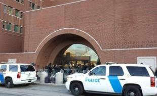 Des journalistes devant le tribunal fédéral de Boston, le 5 janvier 2015