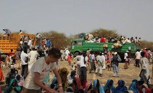 En 2011, le Haut commmissariat aux réfugiés (HCR) de l'ONU a dénombré quelque 800.000 nouveaux réfugiés, contraints de fuir leur pays et traverser la frontière, soit un nombre record depuis l'an 2000, selon un rapport publié lundi.