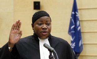 La Gambienne Fatou Bensouda a prêté serment vendredi devant la Cour pénale internationale (CPI) dont elle devient le nouveau procureur, après l'Argentin Luis Moreno-Ocampo, arrivé au terme de son mandat de neuf ans.