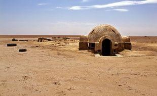 Les décors abandonnés de l'épisode IV de la saga Star Wars, tourné en 1976 dans le désert de Tataouine en Tunisie.