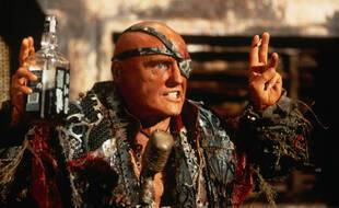 L'acteur Dennis Hopper dans Waterworld (1995)
