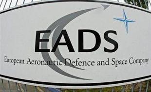 Suspecté de délits d'initiés pour la vente partielle en 2006 de sa participation dans EADS, Lagardère est désormais menacé d'une action en justice du Crédit Mutuel, qui avait repris à l'époque une partie des titres du groupe aéronautique européen.